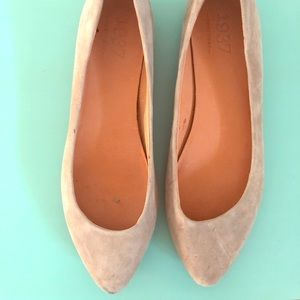 Madewell suede flats. Only worn twice!